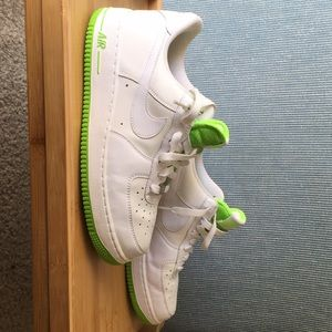 Women's Size 10 Air Force-1 '82
